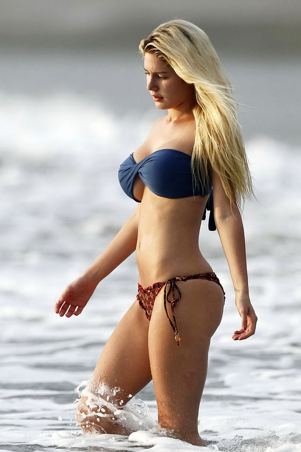 That whore Heidi montag boob
