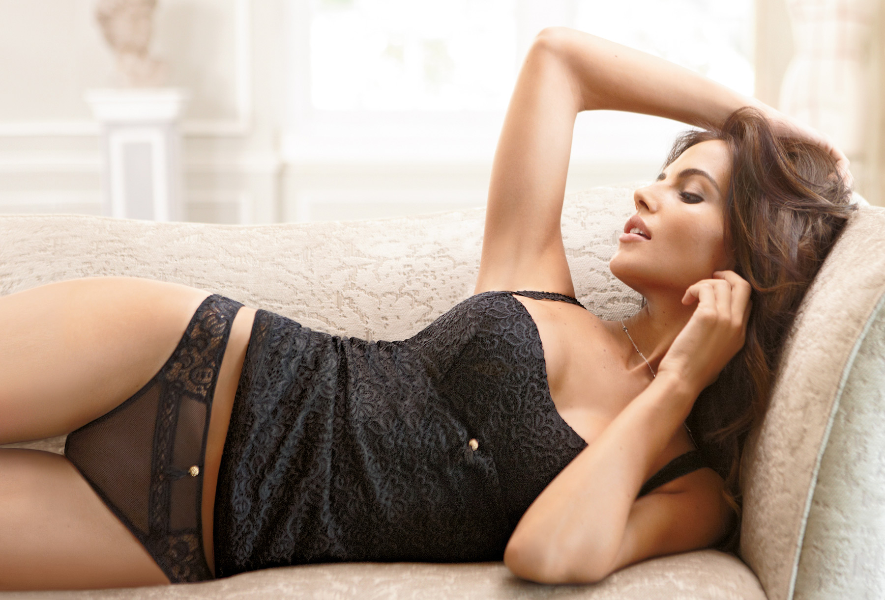 Bianca Balti in very sexy Intimissimi lingerie Winter 2010 ...