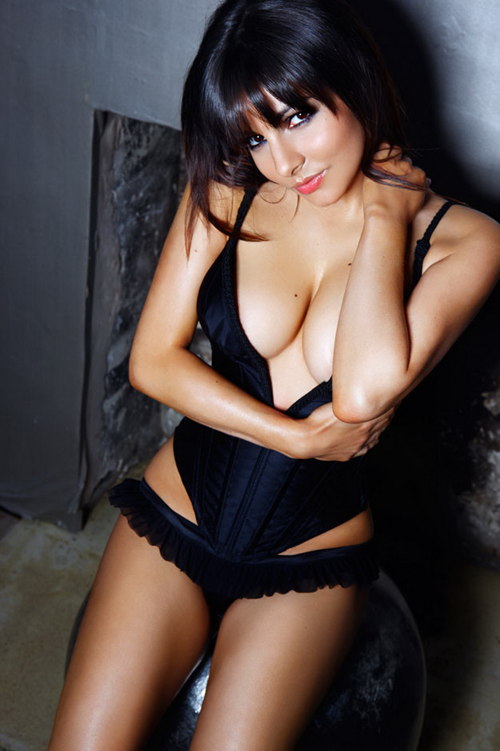 Roxanne Pallett in sexy lingerie - Loaded photoshoot outtakes