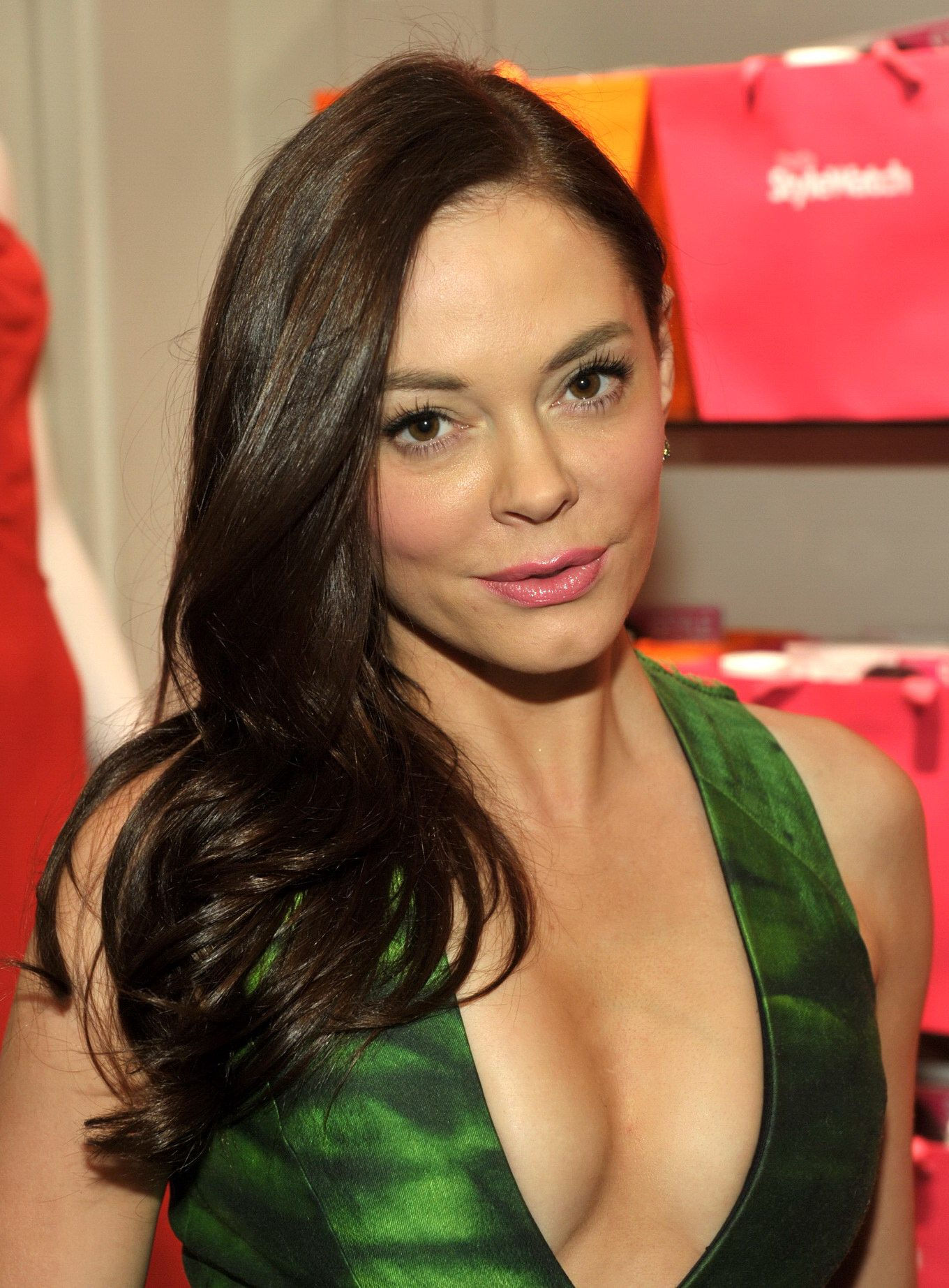Rose Mcgowan Showing Huge Cleavage Wearing Wide Open Green