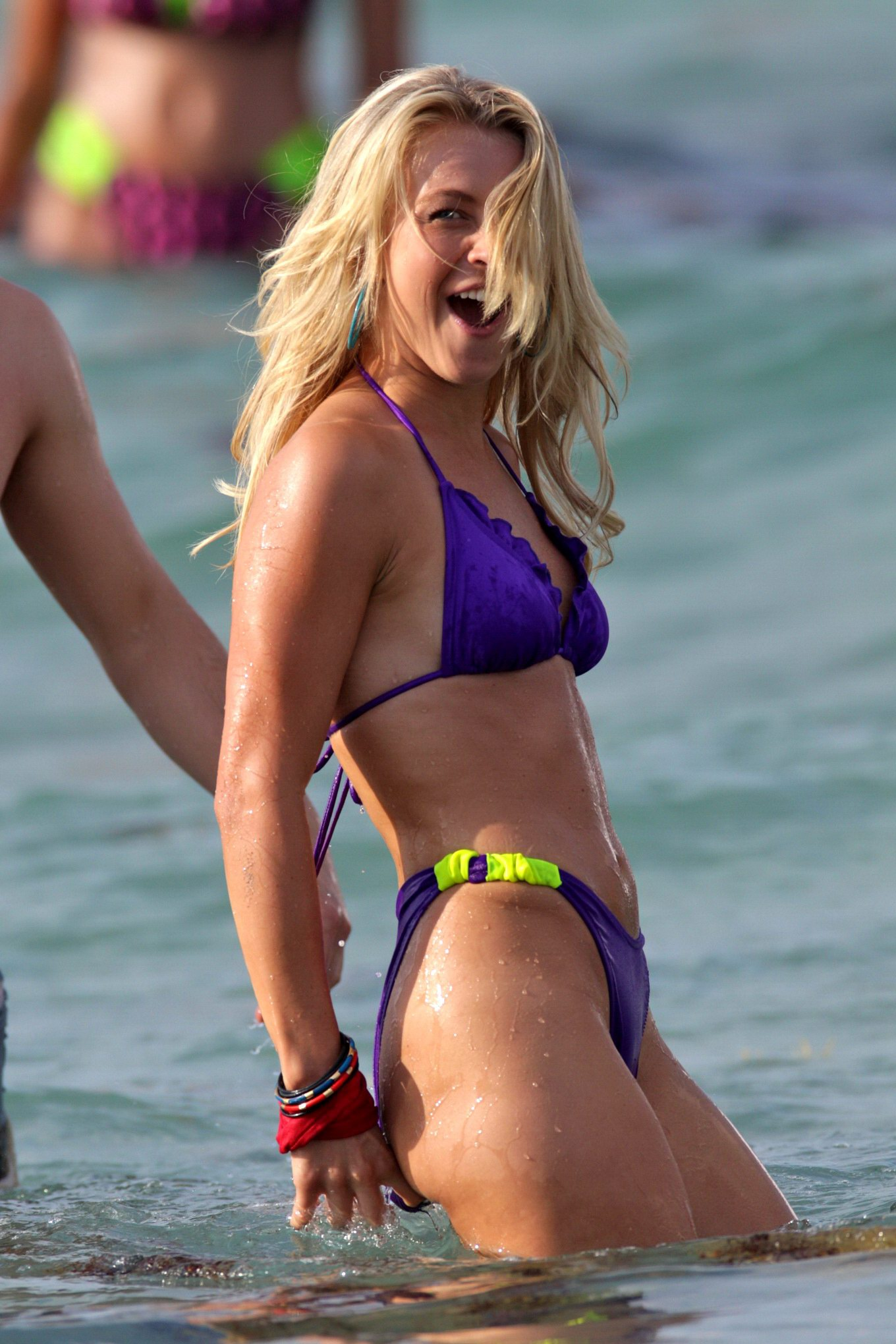 Julianne Hough Humping  Making Out On The Set Of Rock Of -7546