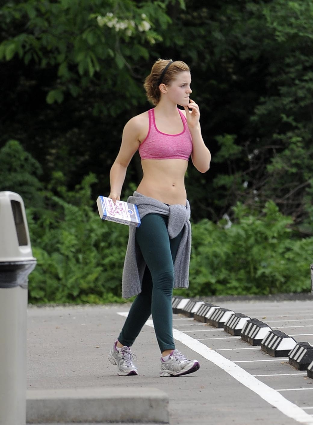 Emma Watson shows off her belly wearing sexy sports outfit in ...: www.celeb-for-free.com/pics/celeb2330/emma_watson_adults...