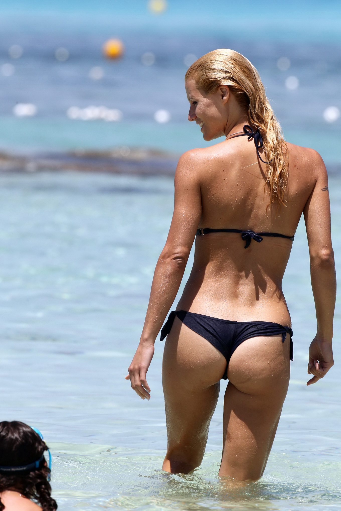 michelle hunziker nude ass