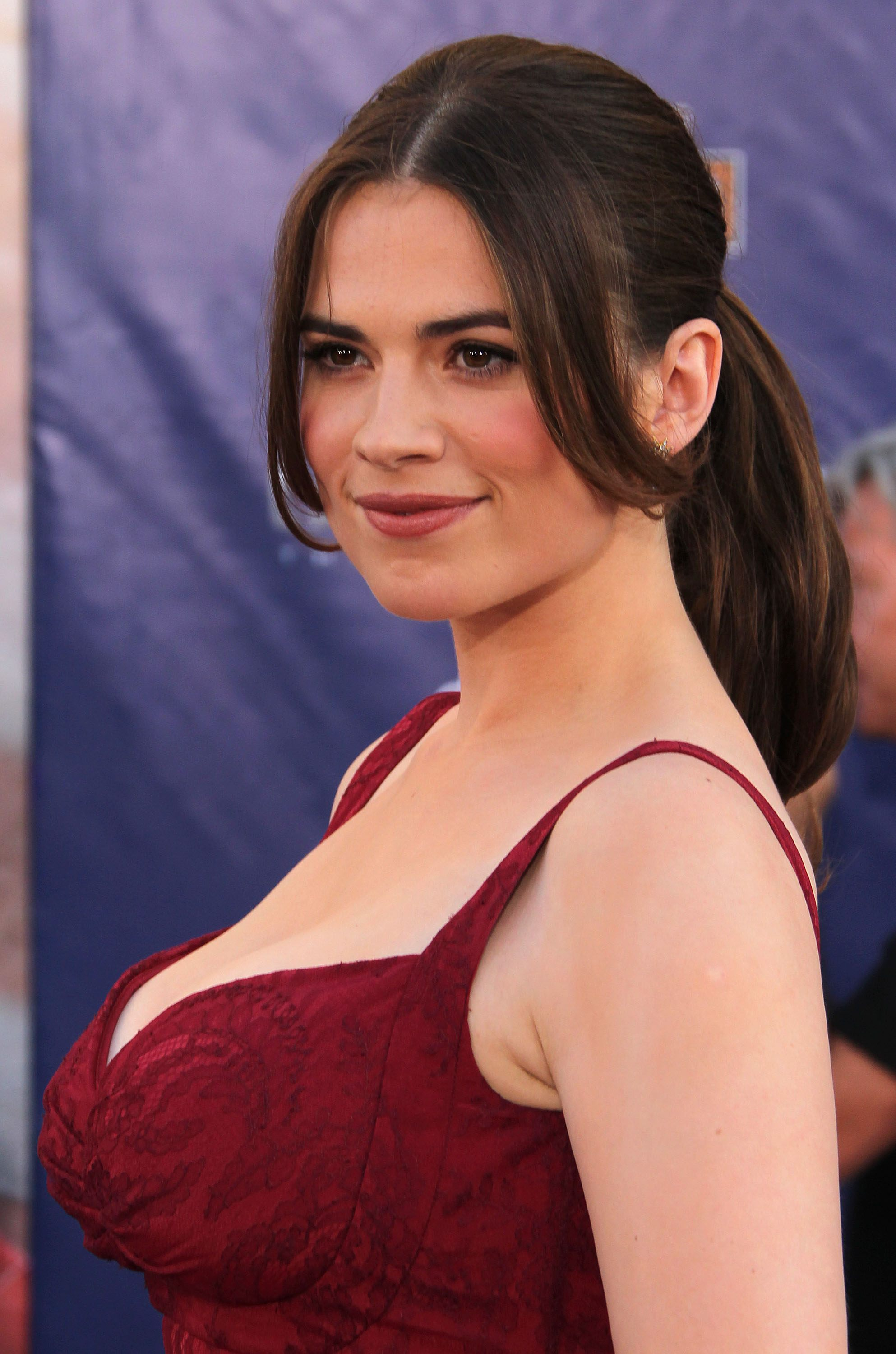 Busty Hayley Atwell showing awesome cleavage at 'Captain America: The ...