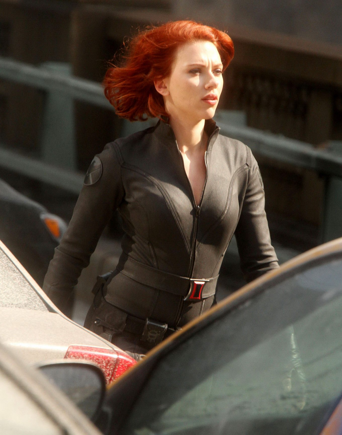 Scarlett johansson leaked personal nude pics made by the cell phone