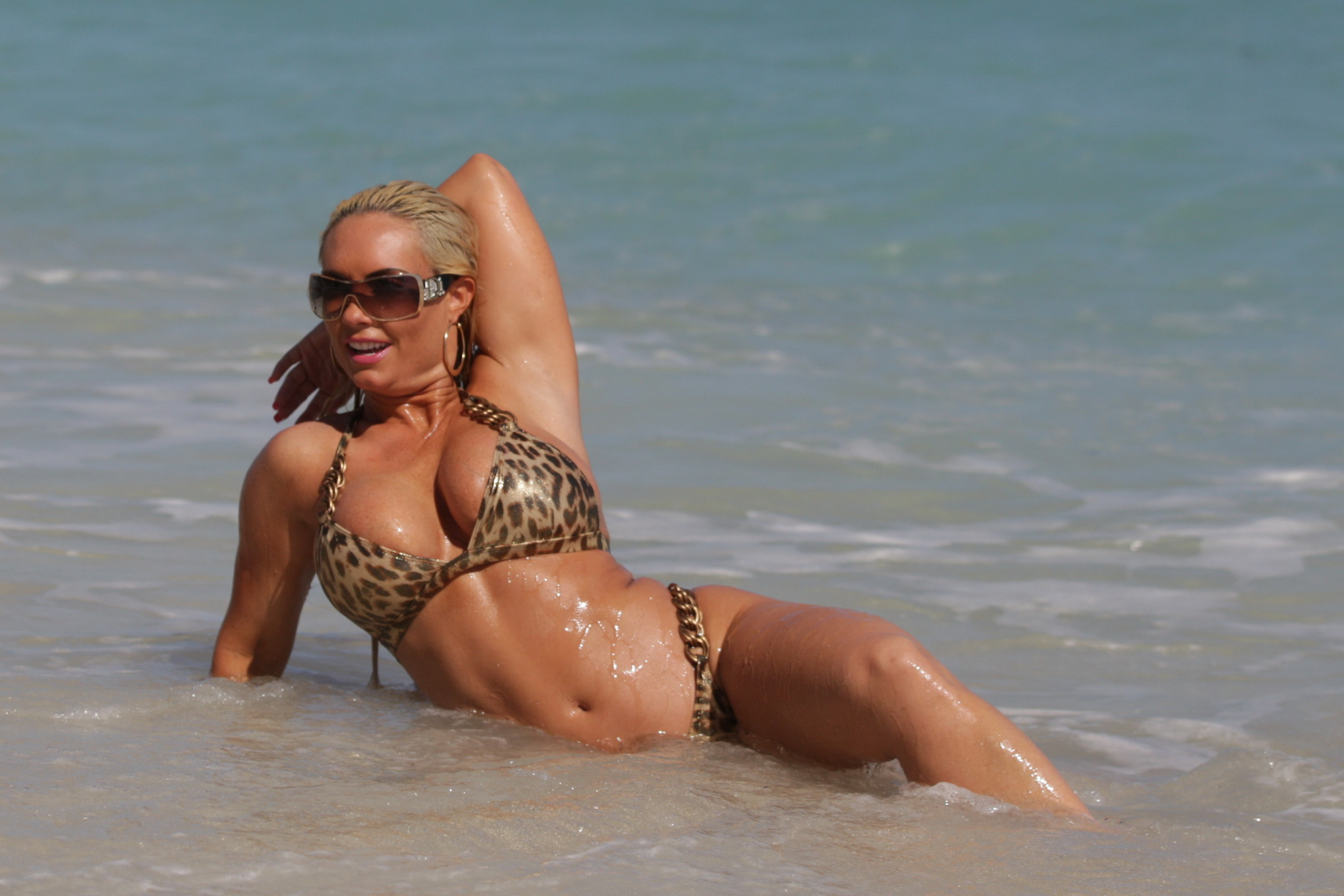 Nicole Coco Austin wearing leopard print bikini on Miami Beach