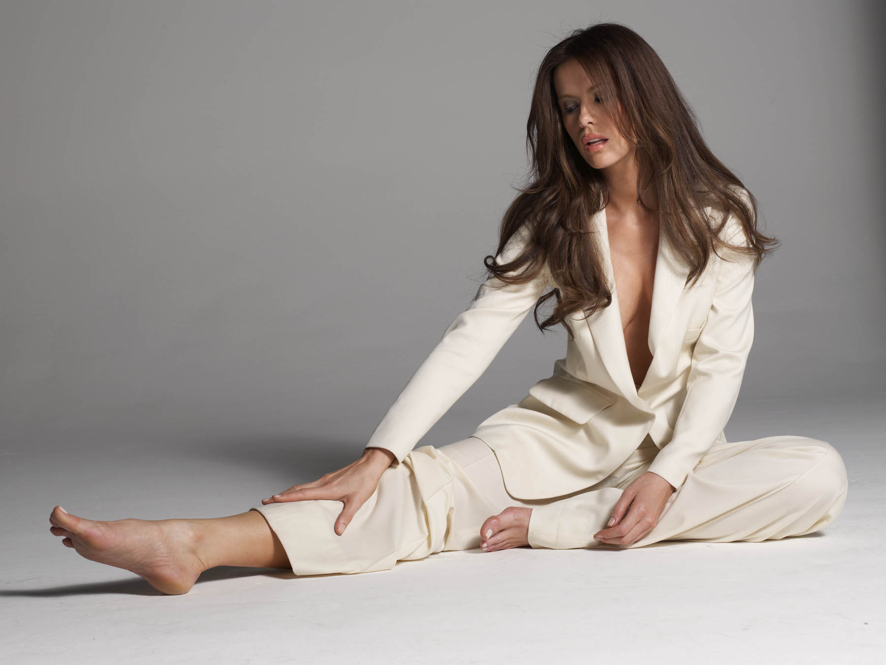 kate beckinsale sexy feet