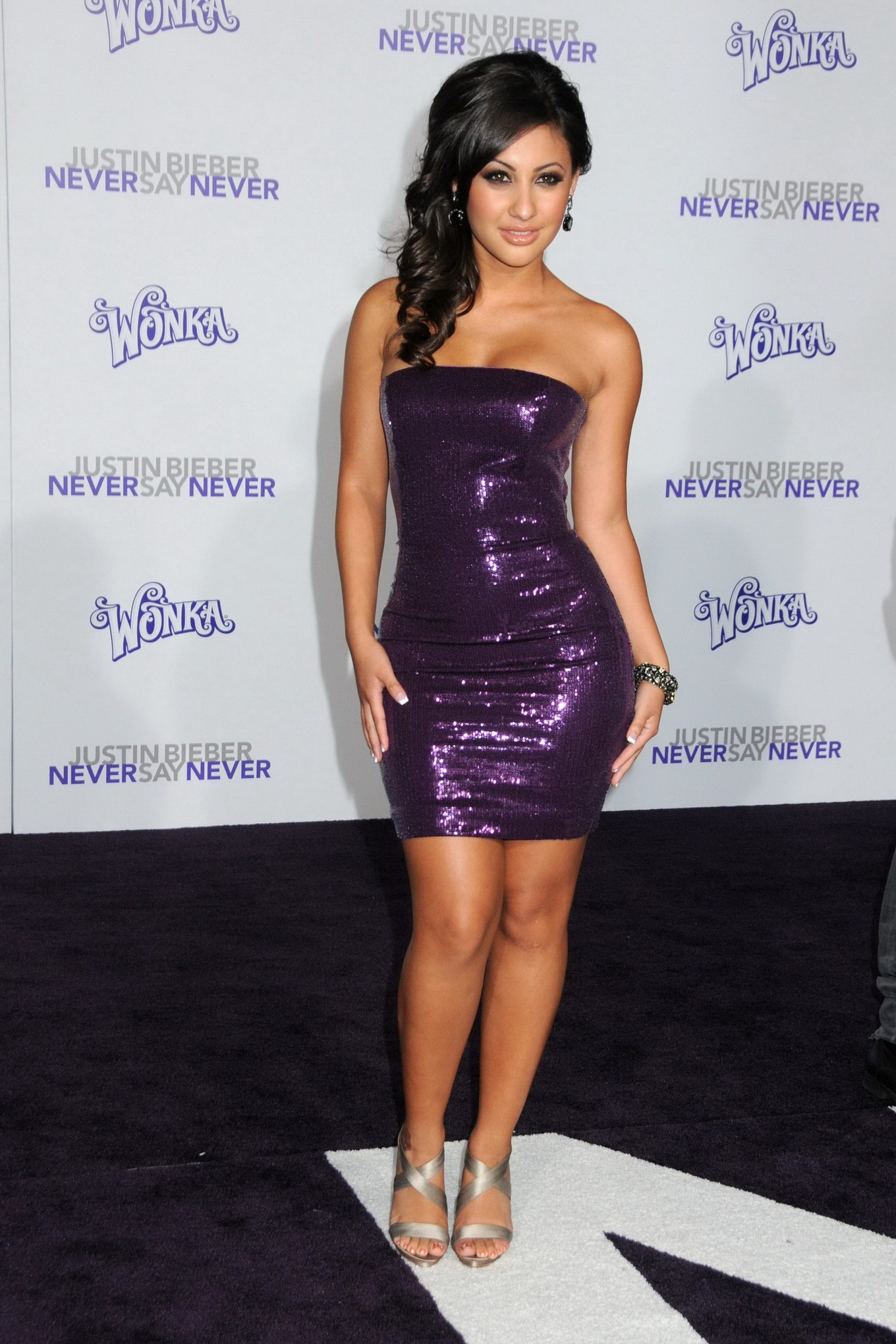 francia raisa showing off her booty in tight mini dress at