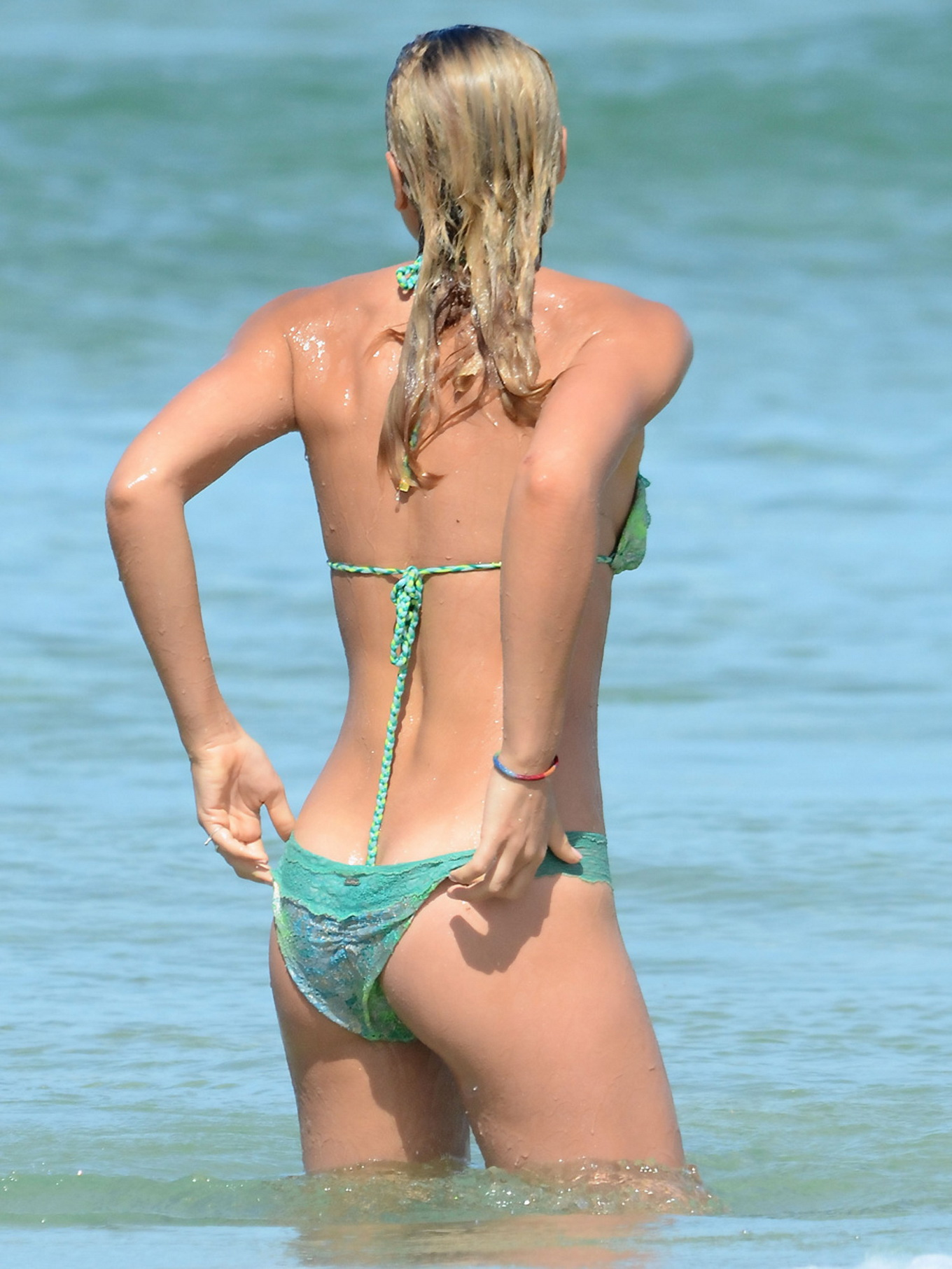 ashley hart showing off her bikini body on a bondy beach in sydney