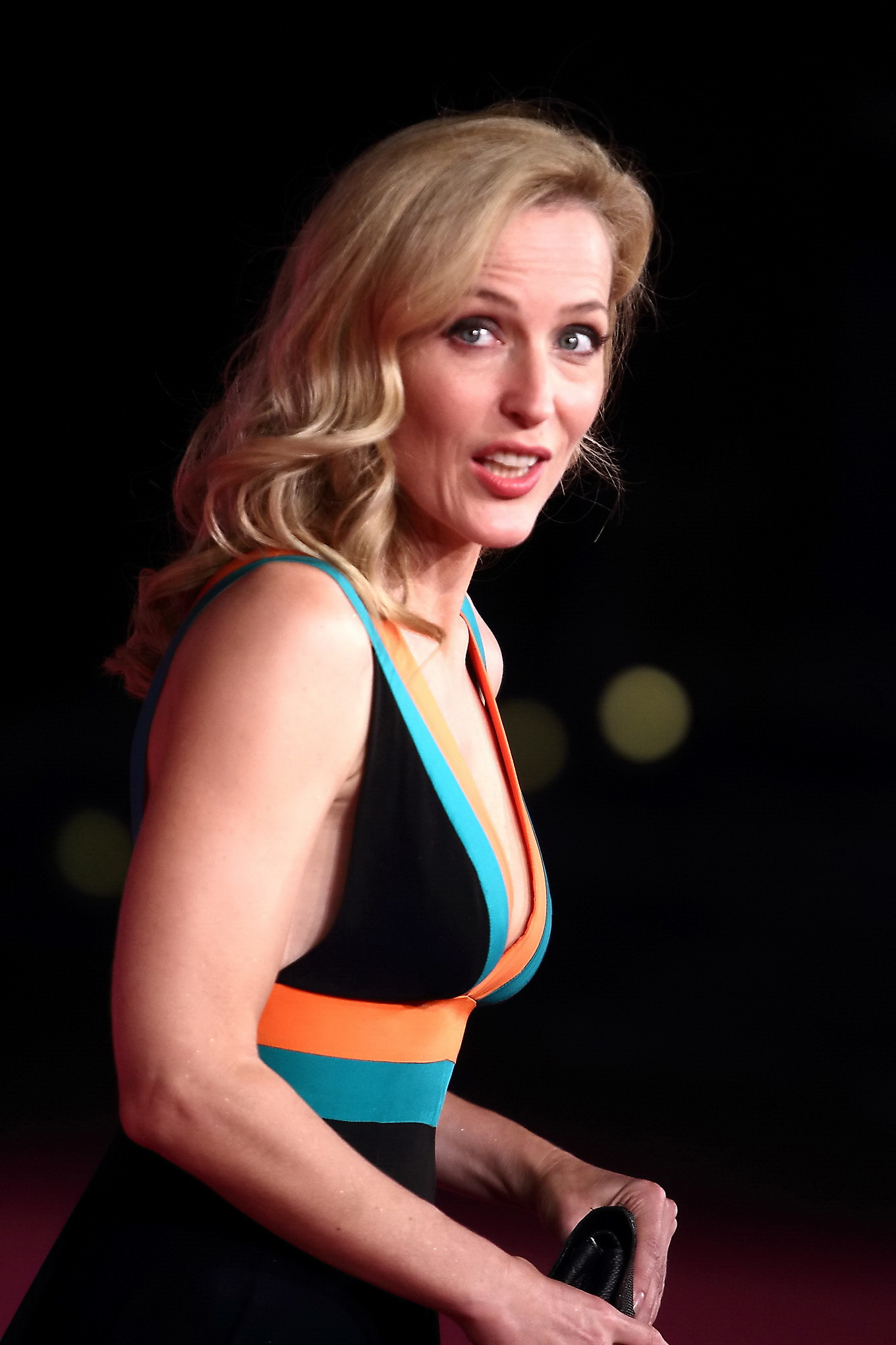 51 Hot Pictures Of Gillian Anderson Form X-Files Will Make ...
