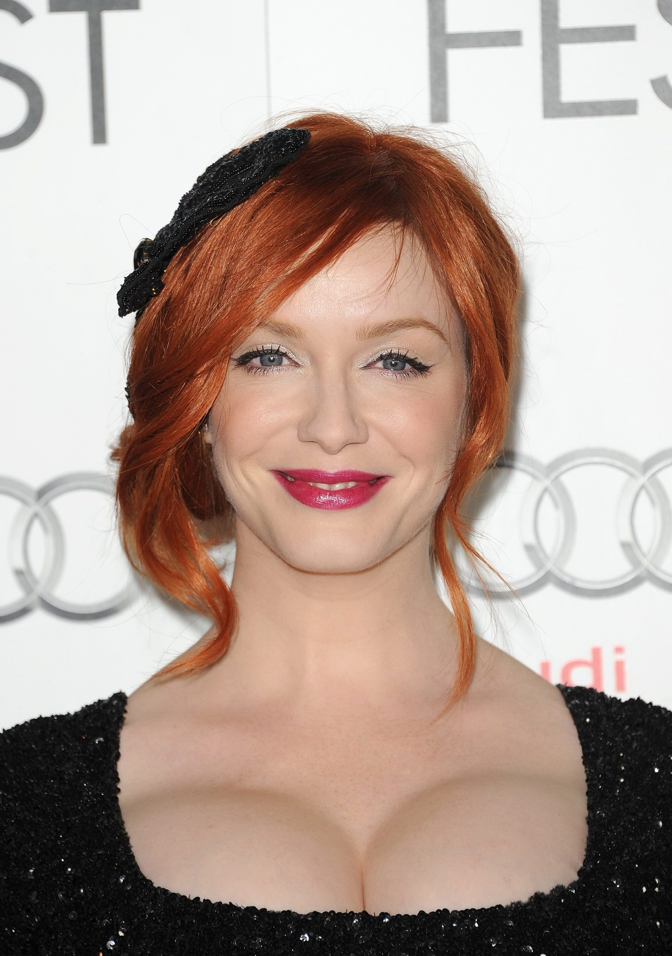 Christina Hendricks Shows Awesome Cleavage Wearing A Black