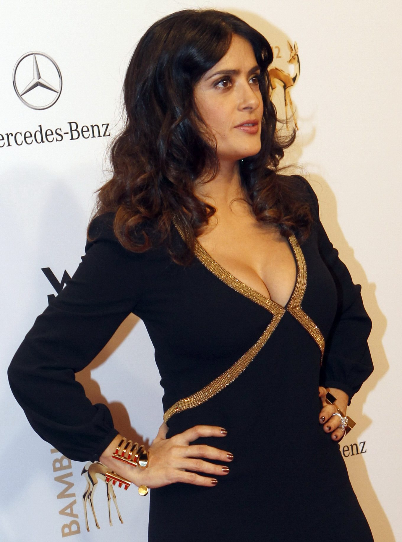 salma hayek showing huge cleavage at the 2012 bambi awards in