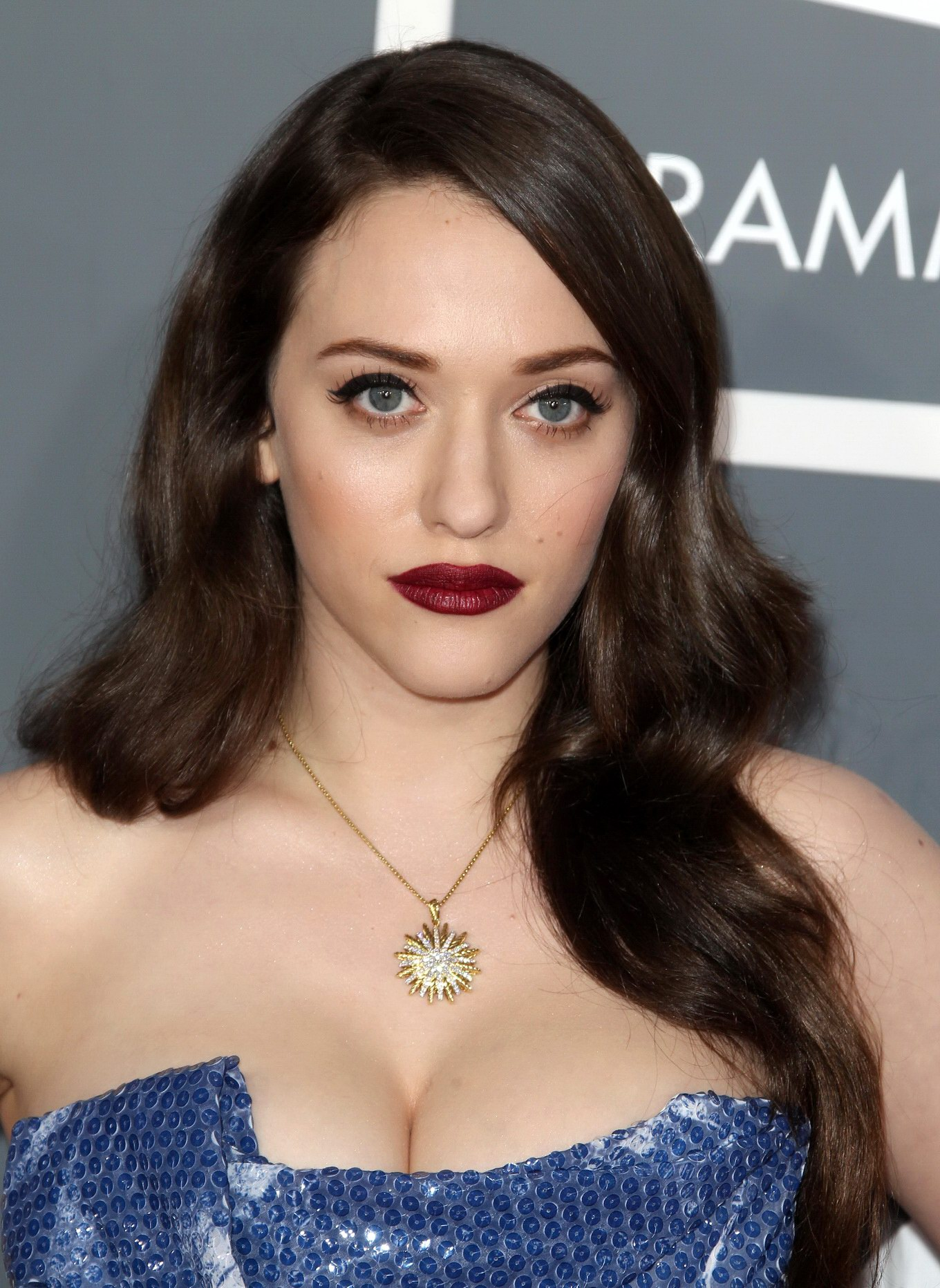 kat dennings - busty kat dennings showing huge cleavage at 55th annual