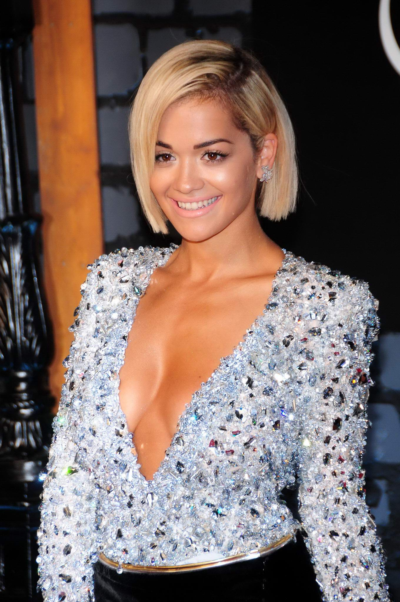 Rita ora huge cleavage 6
