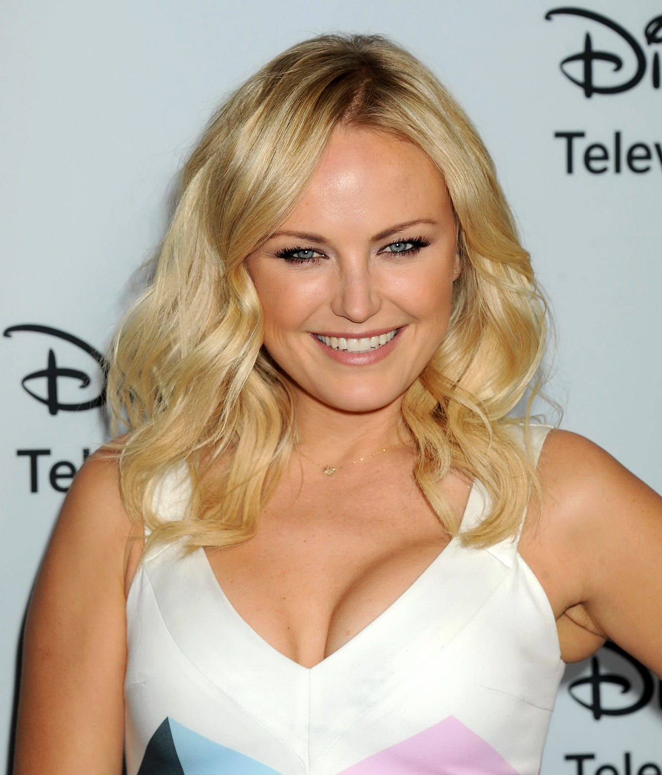 malin akerman showing cleavage at the disney abc television group s