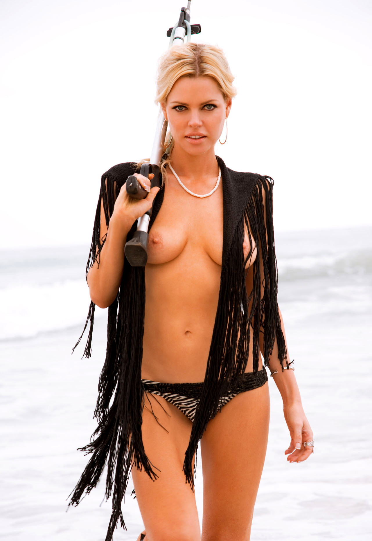 sophie monk showing off her big boobs and shaved pussy in