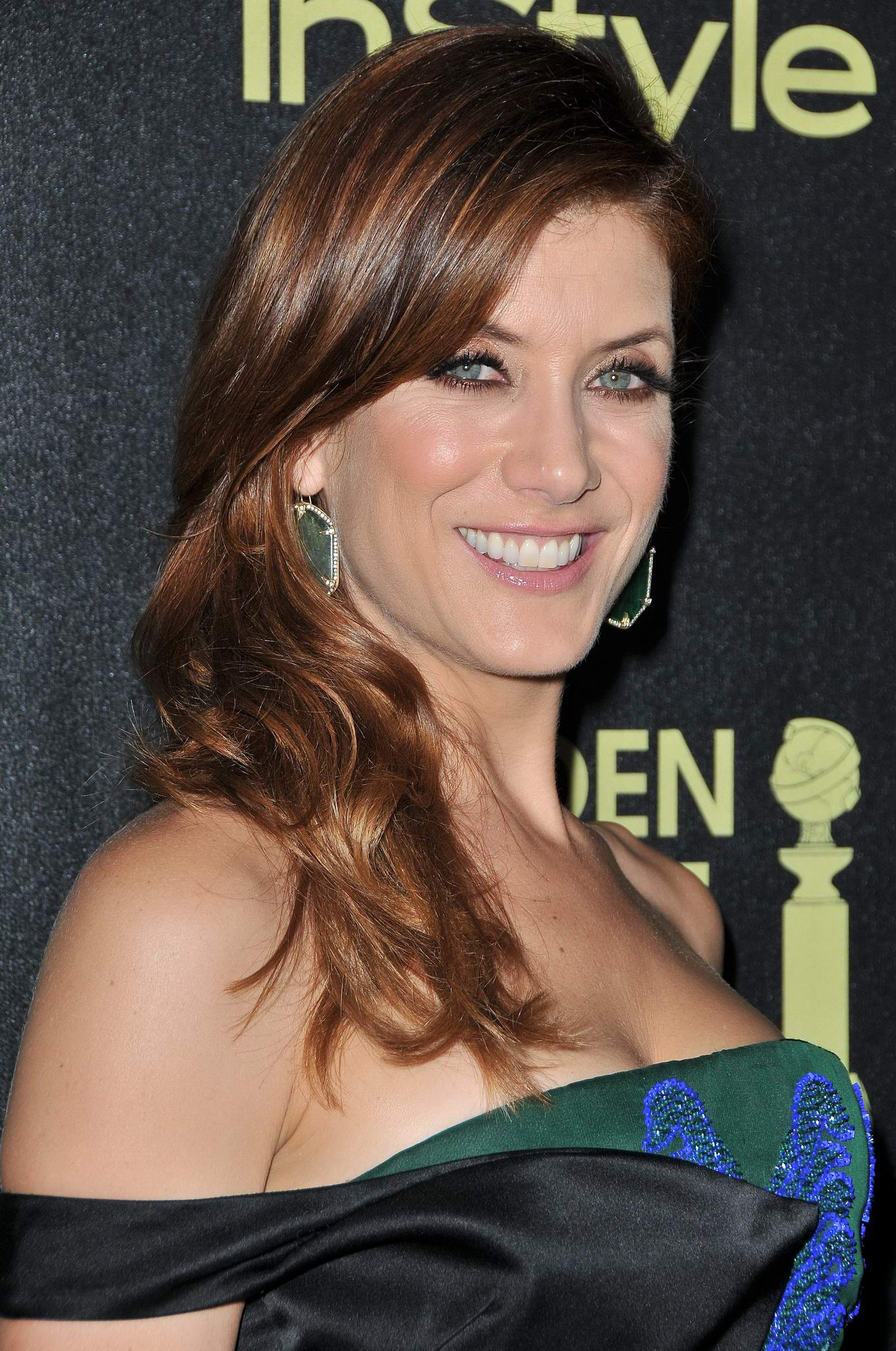 Kate walsh such a nice ass
