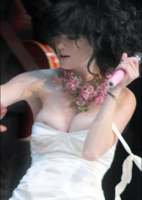 perry nip picture Katy club Sex slip