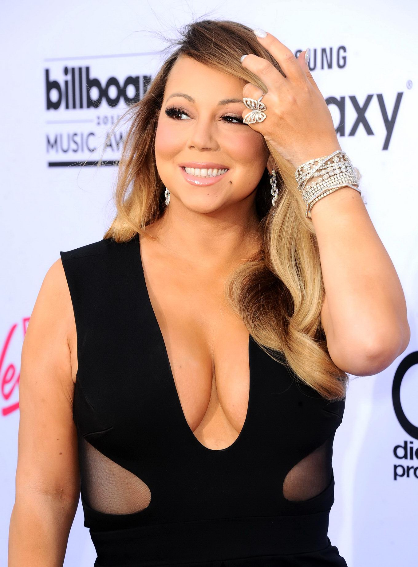 Mariah carey big cleavage accept