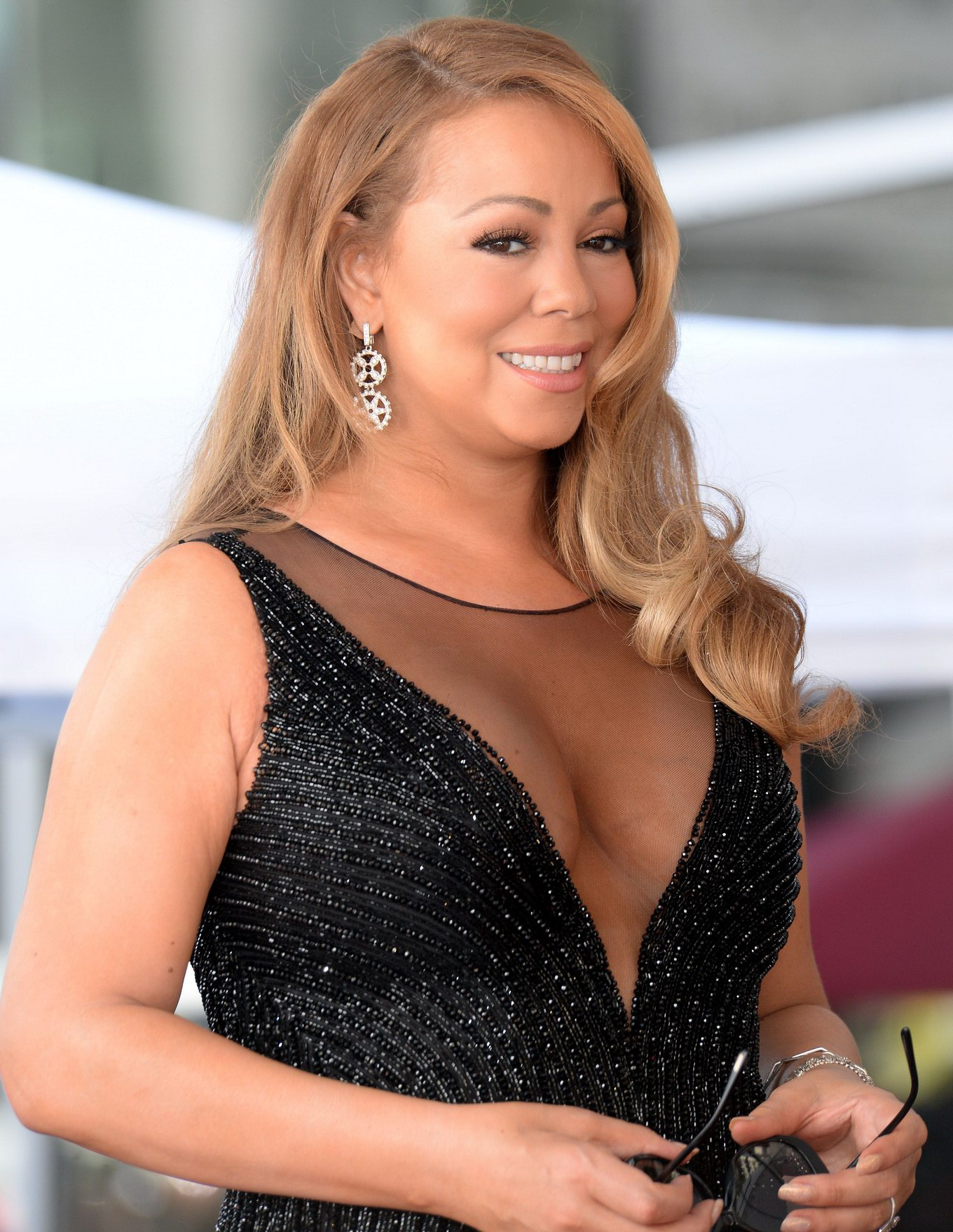 That can Mariah carey big cleavage