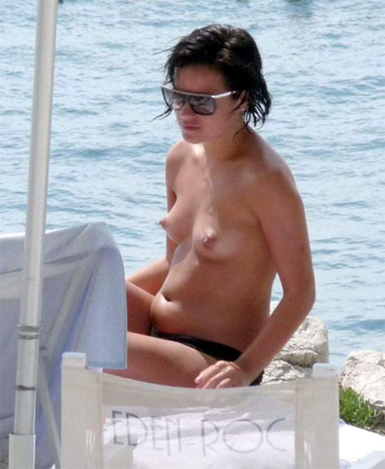 Chubby lily allen