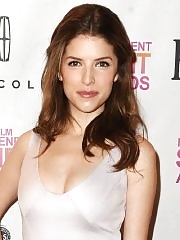 Anna Kendrick busty at 2013 Film Independent Spirit Awards nominations press conference