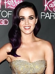 Katy Perry showing cleavage at 'Katy Perry: Part of Me' premiere in Sydney