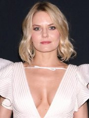 Jennifer Morrison braless showing huge cleavage at Marchesa Fashion Show on NYFW