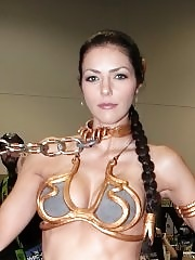 Adrianne Curry in sexy Princess Leia outfit at the Comic Con convention in San Diego
