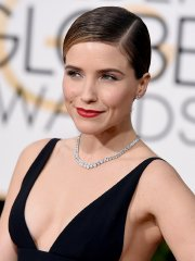 Sophia Bush braless showing huge cleavage in hot black dress at 73rd Annual Golden Globe Awards in Beverly Hills