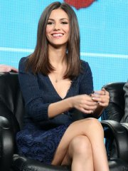 Victoria Justice cleavy and upskirt showing her thighs at TCA Press Tour in Pasadena