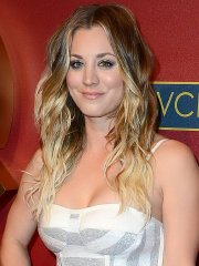 Kaley Cuoco shows her big boobs in belly top and skirt at QVC Red Carpet Style Party
