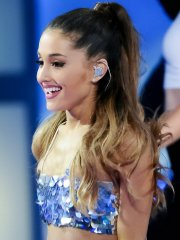 Ariana Grande looks hot in shiny belly top and mini skirt at 2014 MuchMusic Video Awards in Toronto