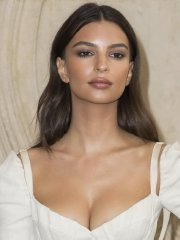 Emily Ratajkowski upskirt flashing her panties & cleavage at Christian Dior Fashion Show in Paris